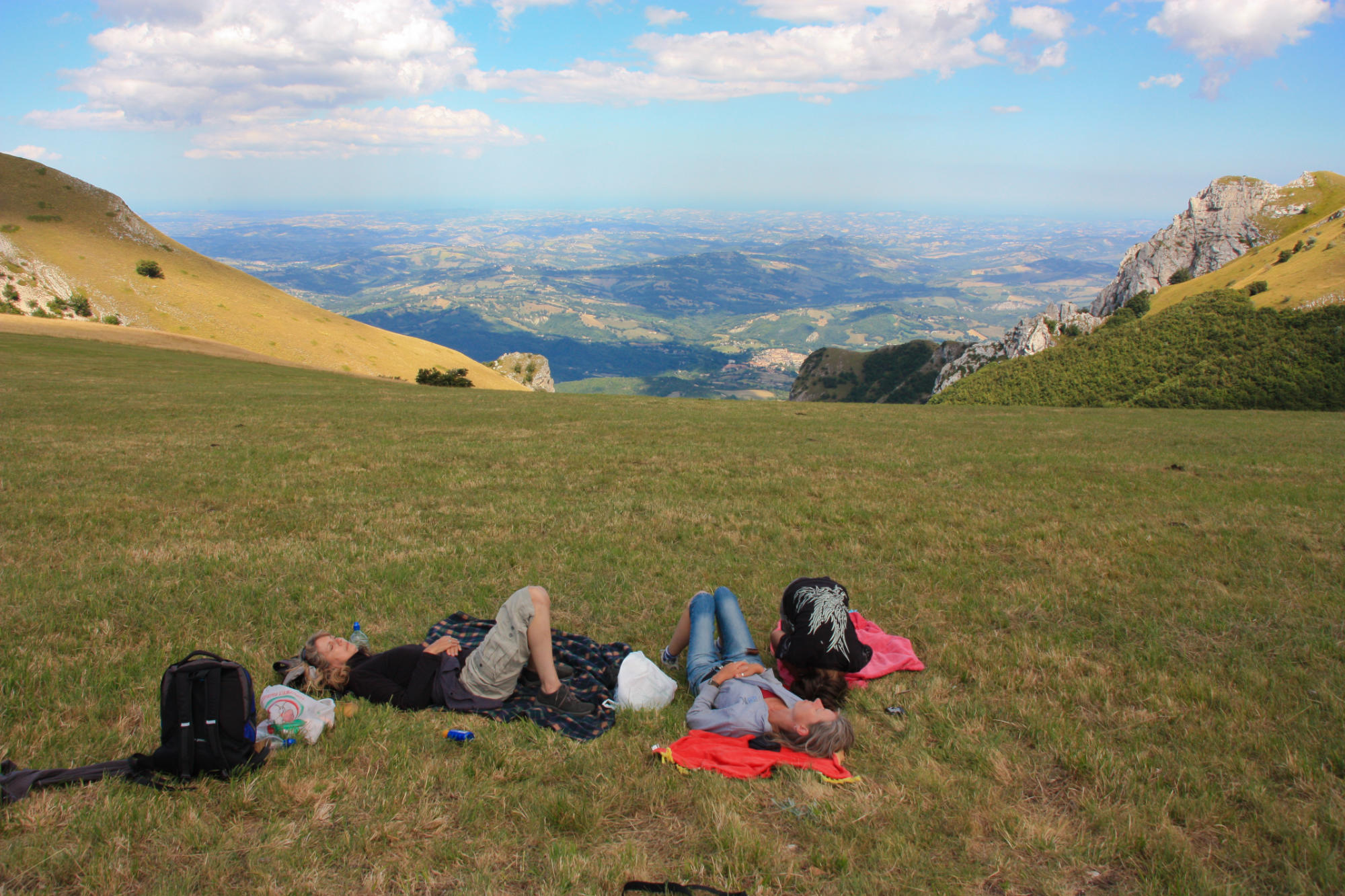 sibillini mountains resting on a walk